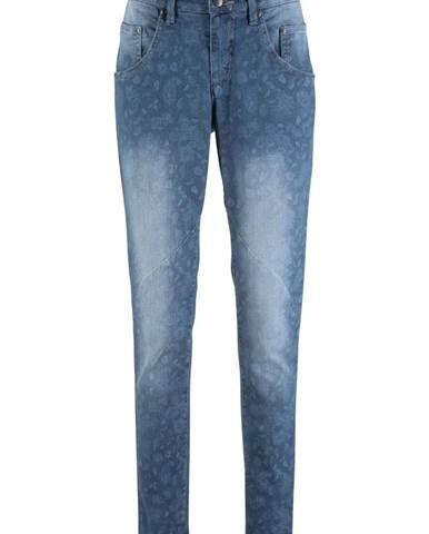 Jemné strečové džínsy 5b7834f43e